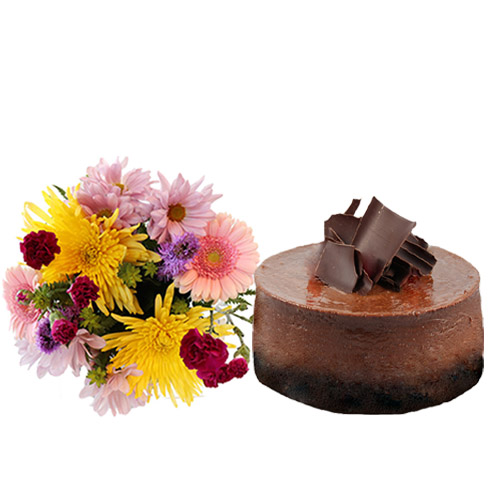 Chocolate Cheesecake with Flowers