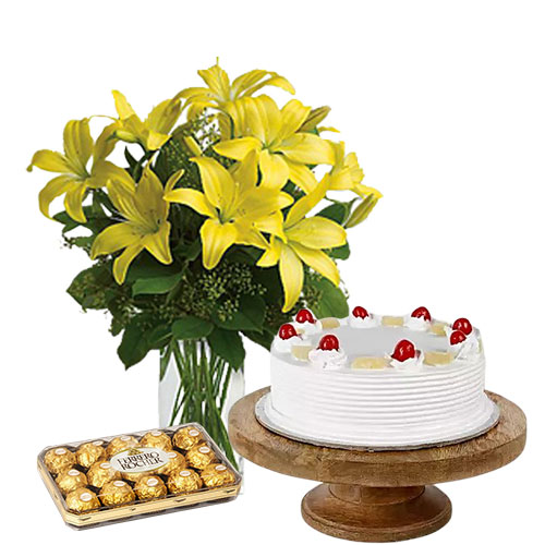 Pineapple Cake with Lillies