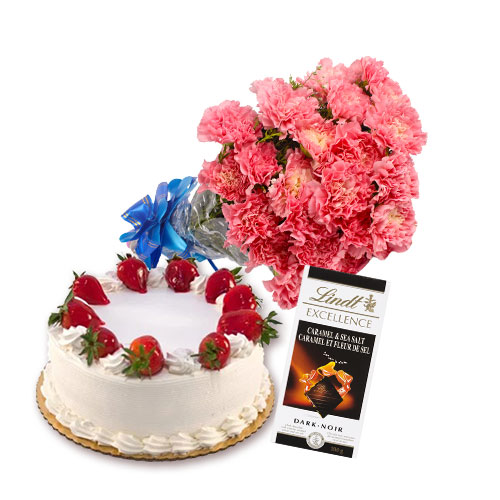 Strawberry Cake with Flowers