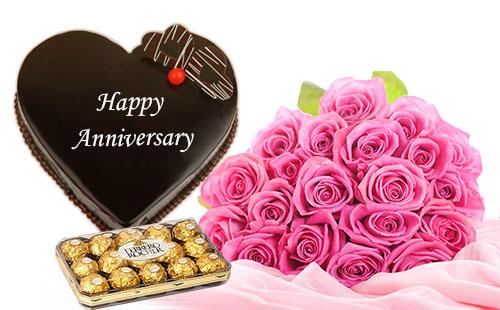 Heart shaped Chocolate Cake with Flowers