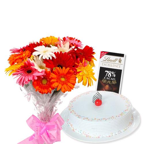 Vanilla Cake with Flowers