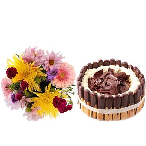 Tiramisu Layer Cake with Flowers