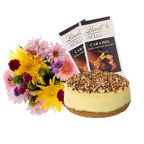 Turtle Cheesecake with Flowers and Chocolate